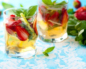 marquee_background_white-sangria_1